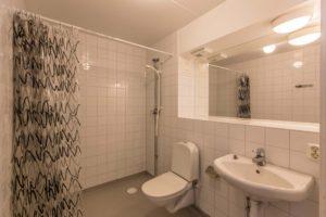 Eklundshofsvägen, bathroom
